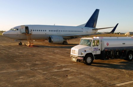737-500 On Ramp with GSE