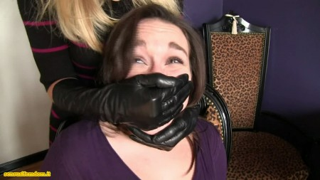 Mistress of breathplay  Buy Crime Fetish Fantasies clips