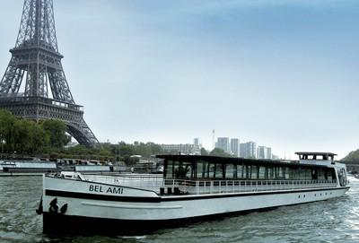 diner croisière Paris sur péniche