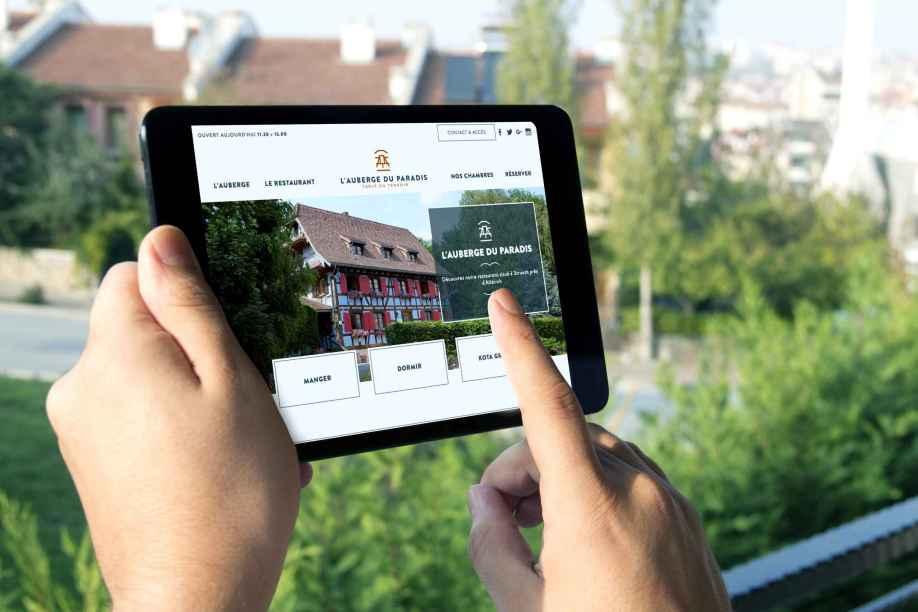Un site internet d'un restaurant par l'agence MARS ROUGE à Neuchâtel