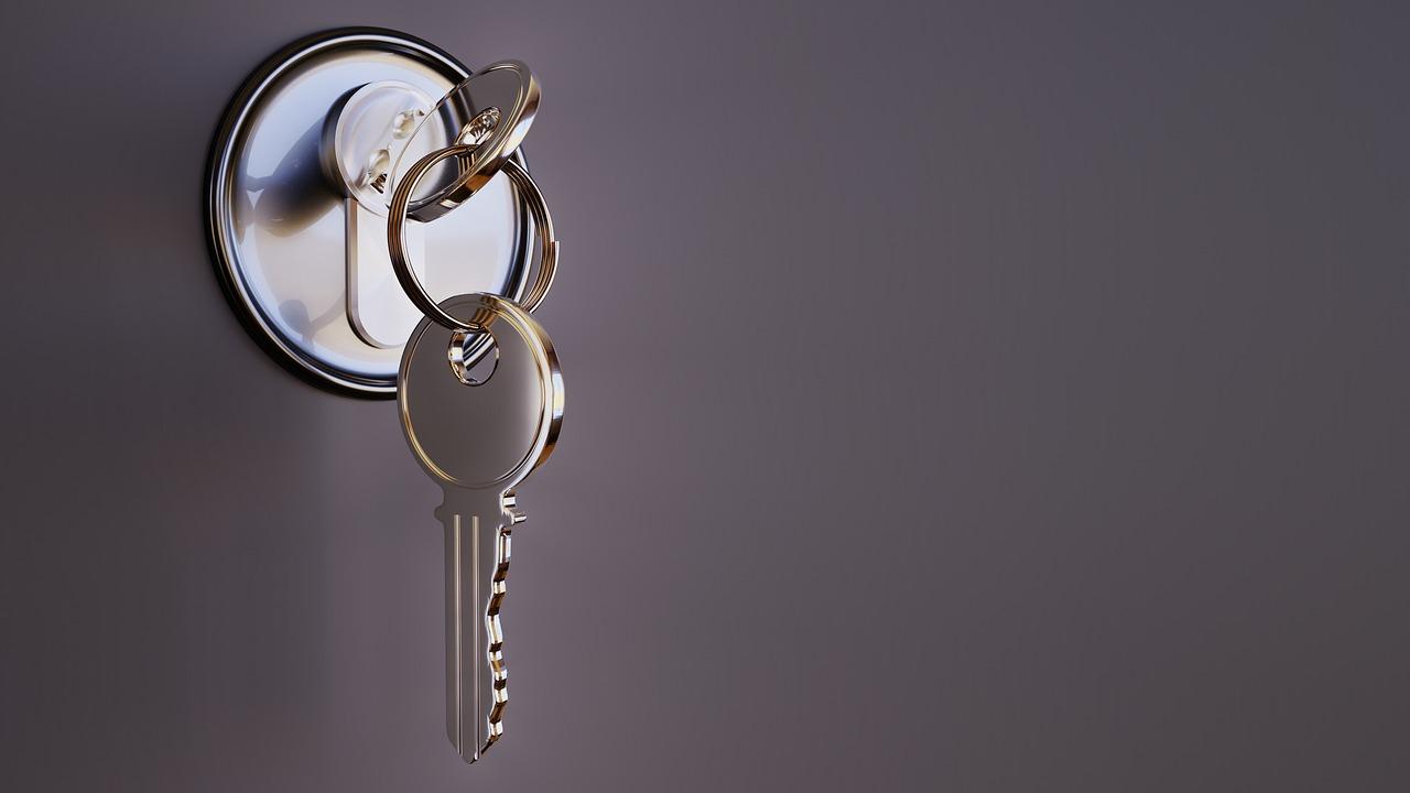 Serrurier-valbonne-riviera : sécuriser les portes de votre maison