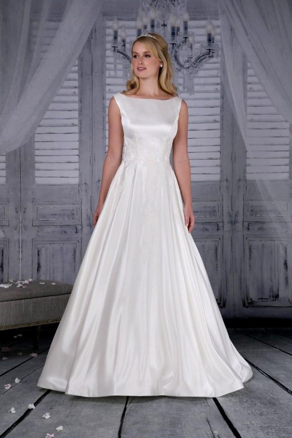 Richard Design Amber Wedding Dress Bradgate Brides