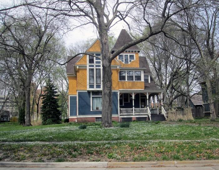April 14th: Pretty house (Urbana, IL)