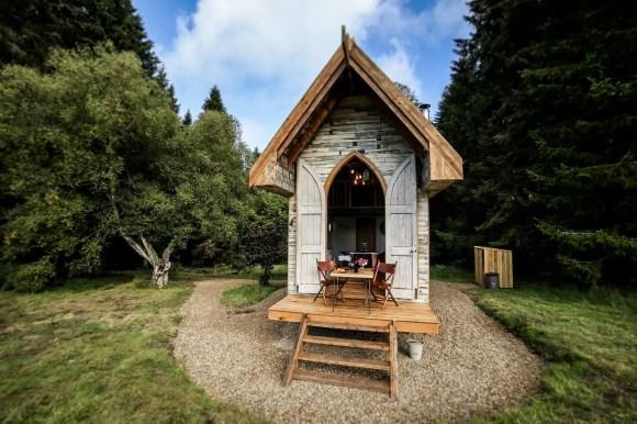 Hesleyside Huts Northumberland quirky accommodation england