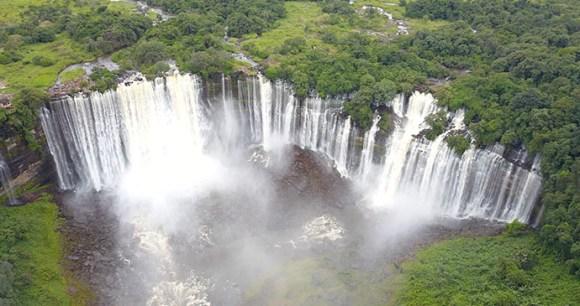 Kalandula Falls, Angola by Gabriel Sarabando, Shutterstock