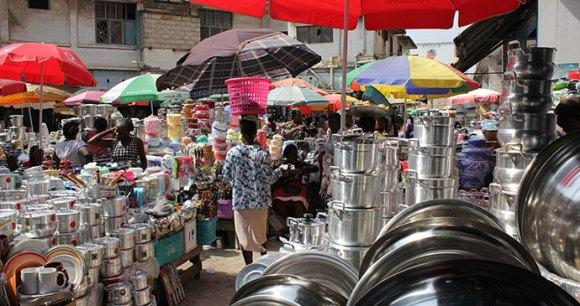 Makola Market, Accra, Ghana by benggriff, Wikimedia Commons
