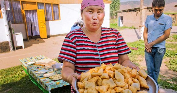 Samsa, Kygyzstan by Radiokafka, Shutterstock