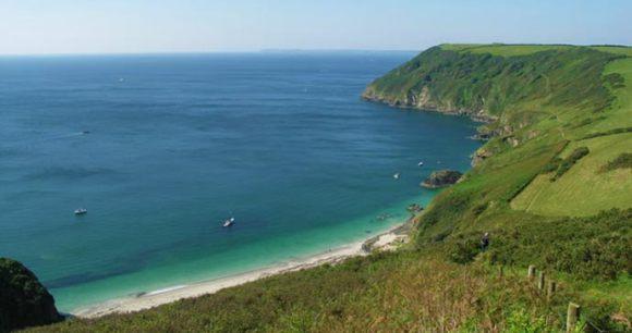 Lantic Bay Cornwall British Isles by geograph.co.uk, Wikimediacommons