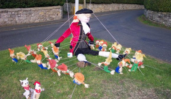Rennington Scarecrow Festival, Northumberland, British Isles by geograph.org, Wikimedia Commons