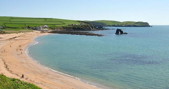 South Milton Sands, South Devon by Nilfanion, Wikimedia Commons wild swimming