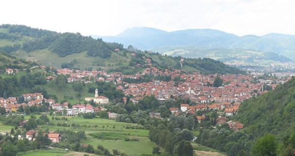 Visoko, Bosnia by Mhare, Wikimedia Commons