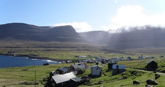 Svinoy, Faroe Islands by Eileen Sandá, Wikimedia Commons
