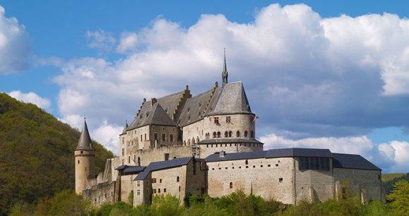 Vianden Castle, Luxembourg by Tim Skelton