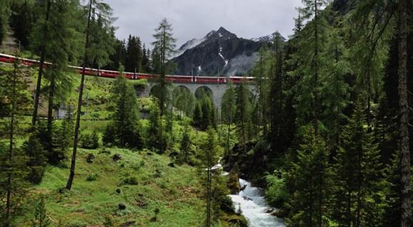 Albula Railway Adventure Trail Switzerland by Hansueli Krapf Wikimedia Commons
