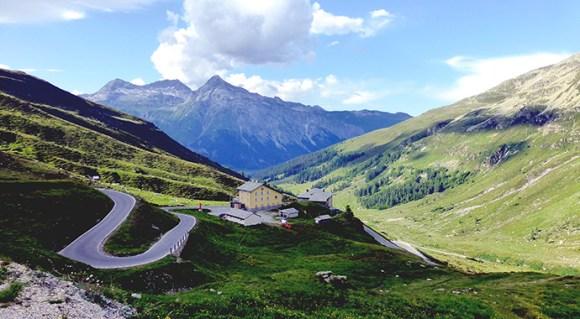Splügen Pass Switzerland by Kit36a Wikimedia Commons best walking routes switzerland