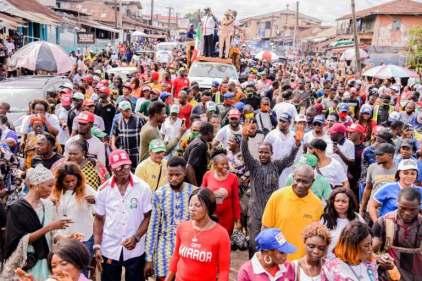 Gov Obaseki, Supporters Party On Benin Streets