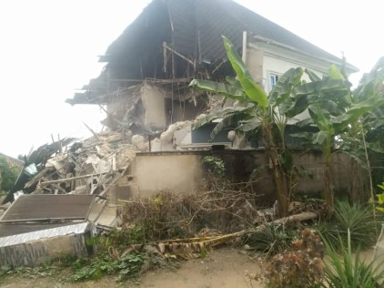 Cross River Govt Demolishes Brothel, Four Houses Owned By Suspected Kidnappers