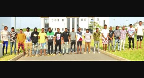 EFCC Arrest 19 Suspected Internet Fraudsters In Abuja