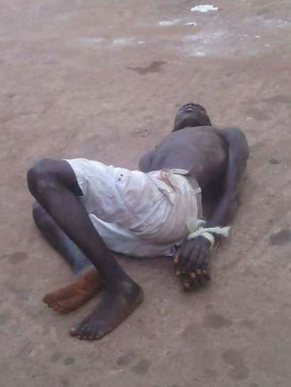 Hausa Man Kill By Mobs As He Was Caught Stealing Car Battery
