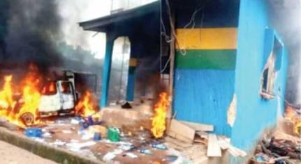 Suspected IPOB Members Burn Police Station, Four Patrol Vehicles In Ebonyi