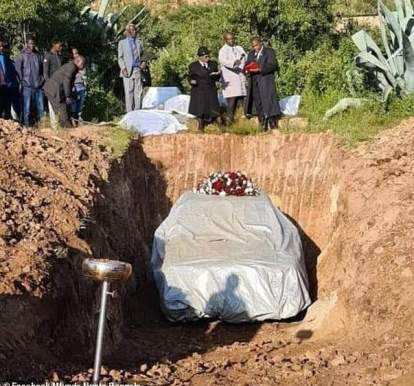 See Photos As A Man Is Buried With His Car