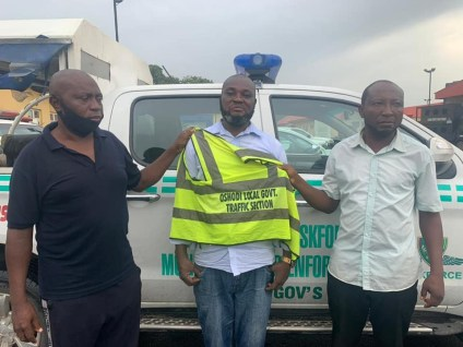 3 Fake Local Govt Traffic Officers Arrested For Extorting Motorists In Lagos