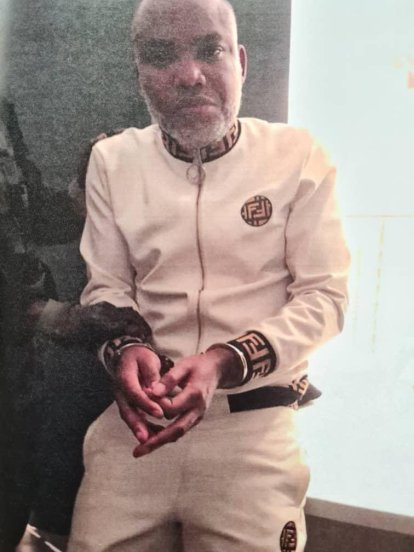 See The Moment DSS Operatives Produced IPOB Leader, Nnamdi Kanu In Court
