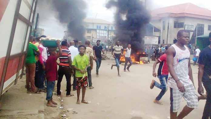 Mob Sets Suspected Phone Thief Ablaze In Delta State