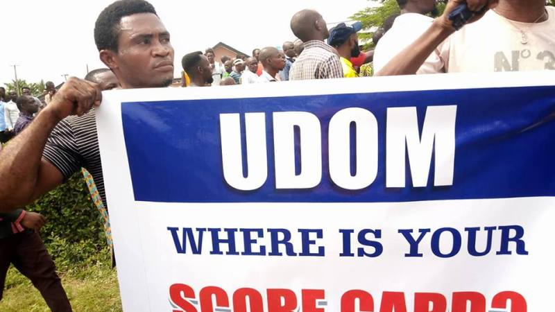 AKHA Invasion: 20,000 Youths Protest Against Gov Udom - Expresses Confidence In The IG, Commissioner of Police