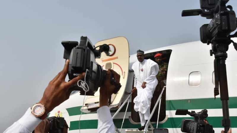 Buhari Lands In Akwa Ibom For His Campaign