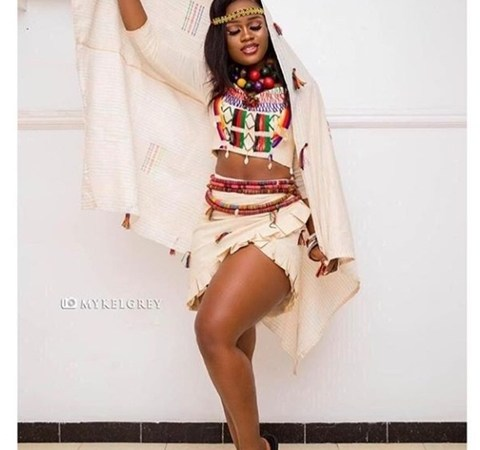 Cee-C Looks Gorgeous As She Rocks Fulani Outfit To Movie Premier