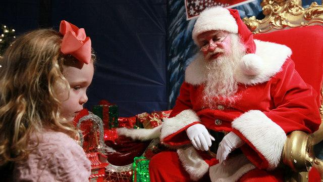 "Man Gets Arrested After Telling Kids ""Santa Isn't Real"""
