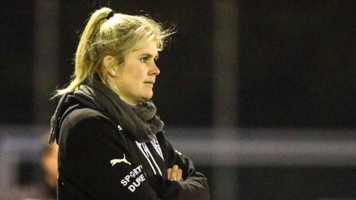 I Picks Players According To The Size Of Their Manhood - German Female Coach