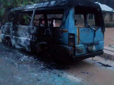 Hoodlums Attack INEC Buses In Akwa Ibom, Set Them Ablaze