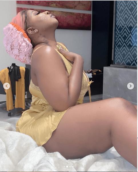 Curvy Actress, Anita Joseph's Seductive Display On A Sexy Lingerie