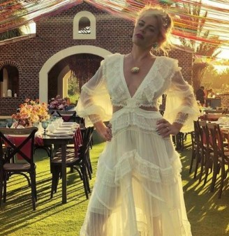 American Actress, Busy Philipps Marries Herself In A Lavish Wedding