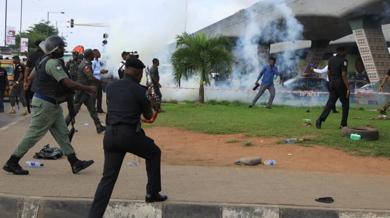 Rival Cult Groups Clash In Lagos Leaves Many Injured, Dead