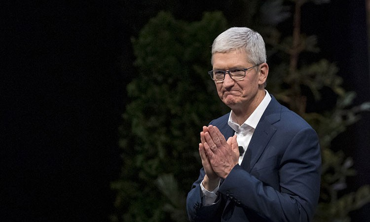 Apple CEO Tim Cook Now A Billionaire
