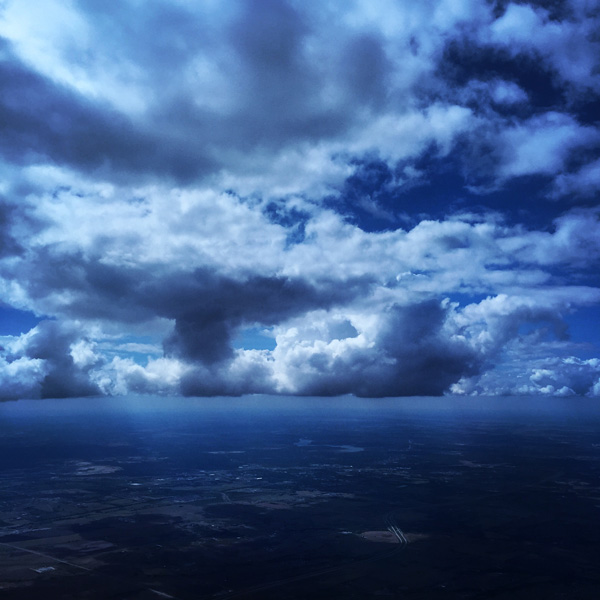 essay on sky blue colour The meanings of blue: blue is the favorite color of all people it's nature's color for water and sky, but is rarely found in fruits and vegetables.