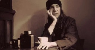 Patti Smith on Time, Transformation, and How the Radiance of Love Redeems the Rupture of Loss