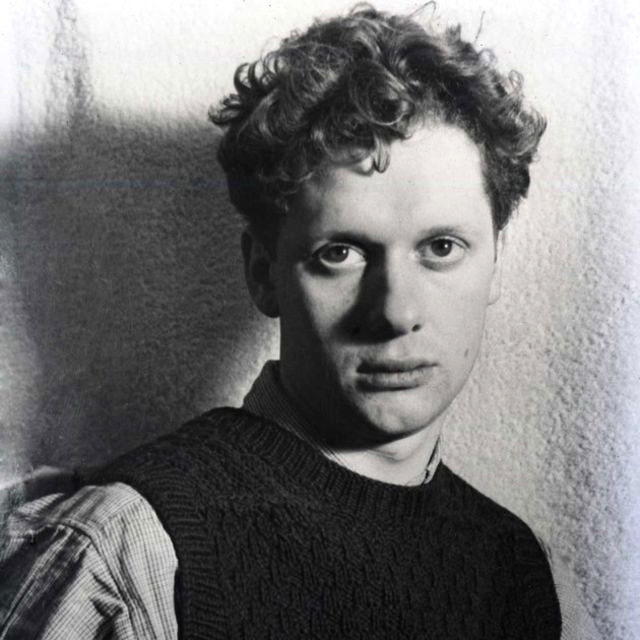 dylan thomas's do not go gentle Do not go gentle into that good night is a poem in the form of a villanelle, and the most famous work of welsh poet dylan thomas (1914–1953) though first published in the journal botteghe oscure in 1951, it was written in 1947 when thomas was in florence with his family.