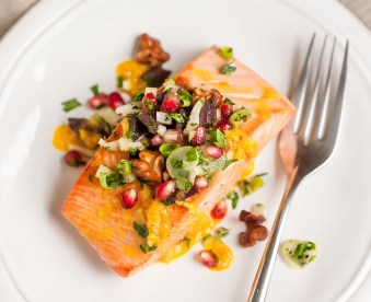 roasted ginger salmon with pomegranate olive mint salsa + brainworkskitchen.com