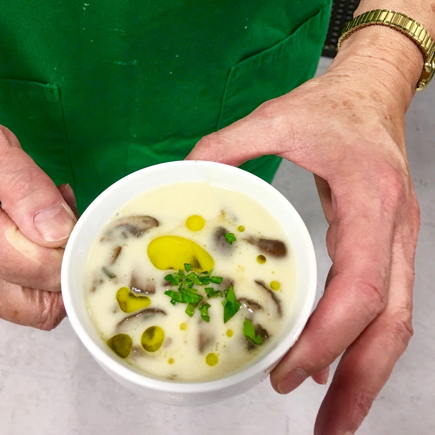 Tuscan Cannellini Bean Soup with Anchovies