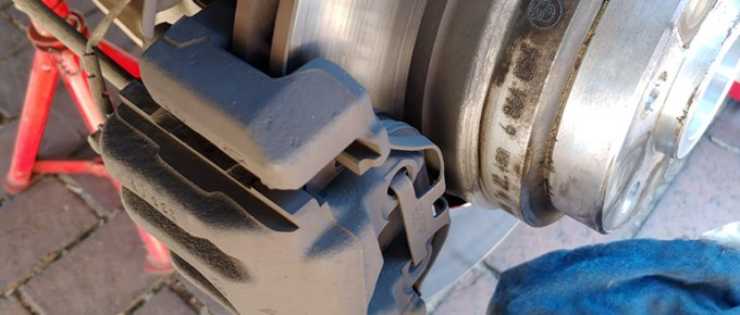 How Many MM Should You Replace Brake Pads FI