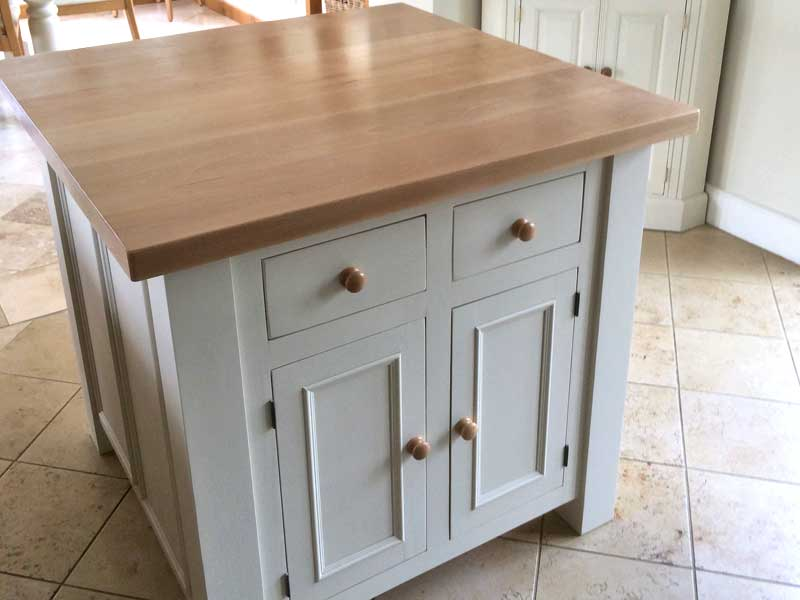 Solid Oak And Pine Kitchen Projects Hand Made And Fitted In