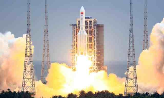 Lançamento do foguete Longa Marcha 5B na China - Fonte: CSA / China