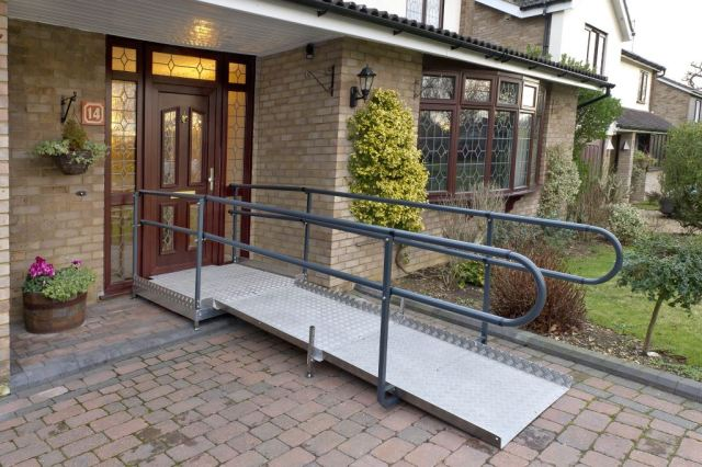 Welcome-Ramp-Kit-B-Ramp-and-Platform-in-situ