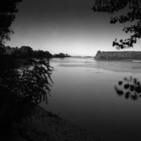 la sensibilità spettrale della pellicola verso il rosso, rende cieli e acqua molto scuri senza l'uso di filtri