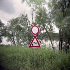 Riverspective - Matteo Migliazzi - Diana Camera, Fuji NPS 160 Film