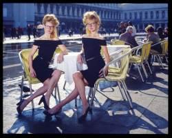Diapositiva Kodak Ektachrome 10x12cm, viste dal vivo sono talmente realistiche da far sembrare i soggetti vivi